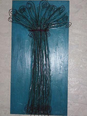 arbre 2 slupture fil de fer sur bois acrylique 40 90 cm photo de les pi ces uniques. Black Bedroom Furniture Sets. Home Design Ideas