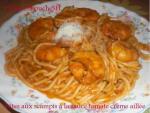 Pâtes aux scampis , à la sauce tomate crème, aillée