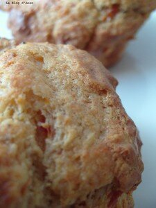 Muffins_pesto_parmesan_tomates_s_ch_es