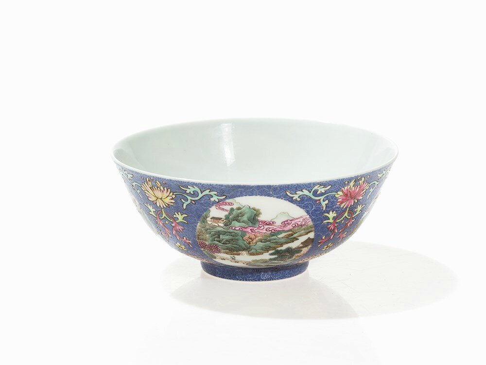 Famille Rose Blue-Ground Medallion Bowl, Daoguang Mark and Period (1862-1873)