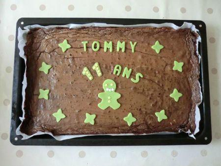 ANNIVERSAIRE - 2012-05-04 - 11 ans Tommy - gâteau CM2