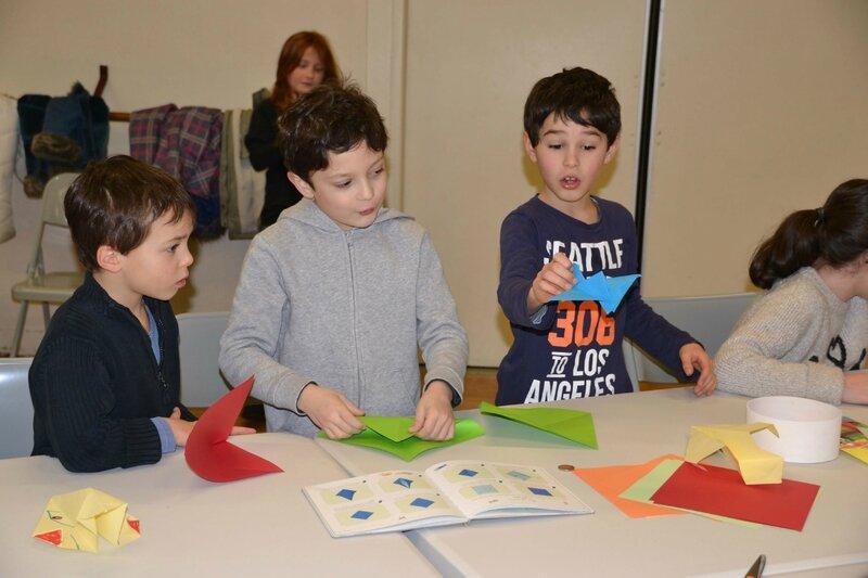 Atelier origami pliages des garçons