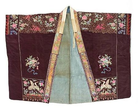 A_black_silk_ground_Daoist_priest_s_robe_with_embroidered_decoration