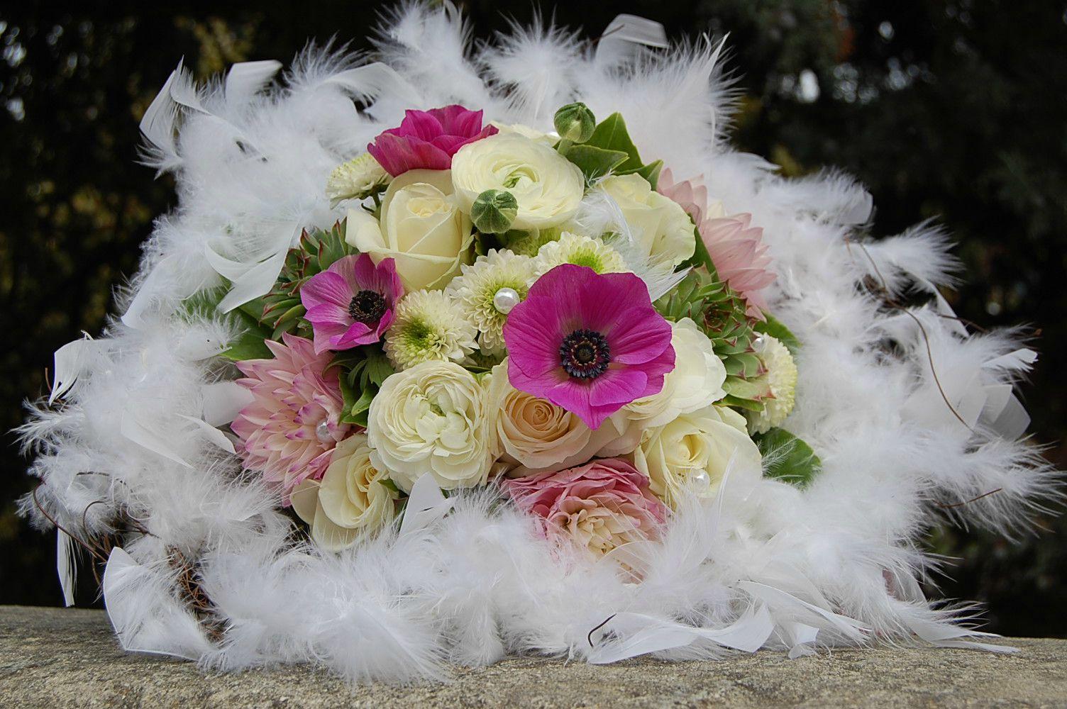 Bouquet rond romantique photo de bouquet de mari e for Bouquet de fleurs rond