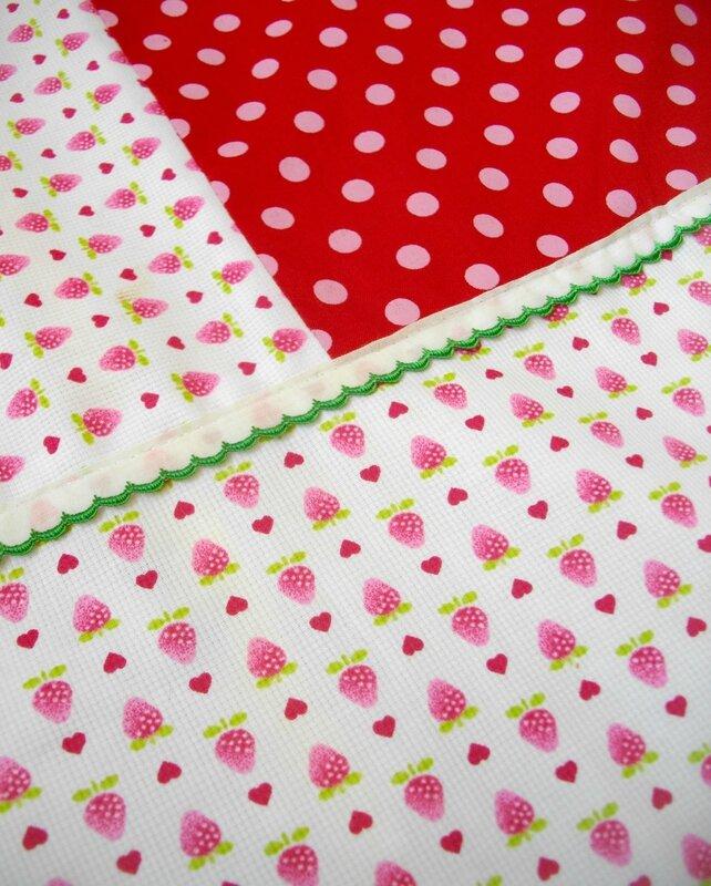 tissu-fraise-furoshiki