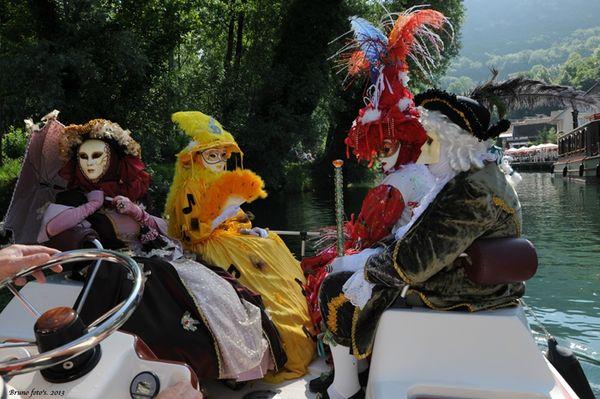 Chanaz-2013-06-30-10-18-12-P Tit tour en bateau avec Mireille & Guy C et Sylvie & Amelie V