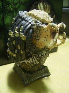 Predator_Unmasked_micro_bust1