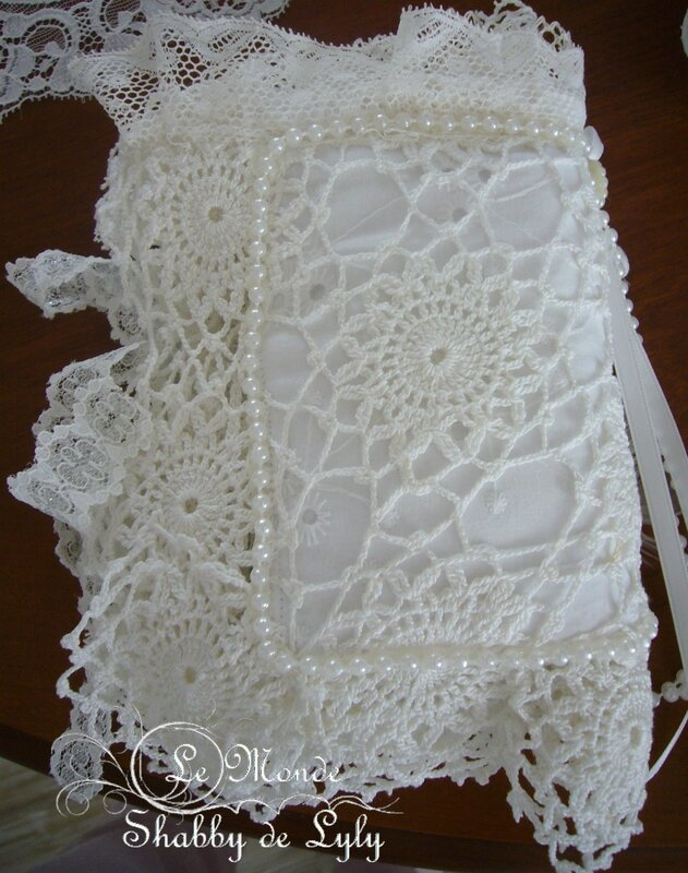 lace book14