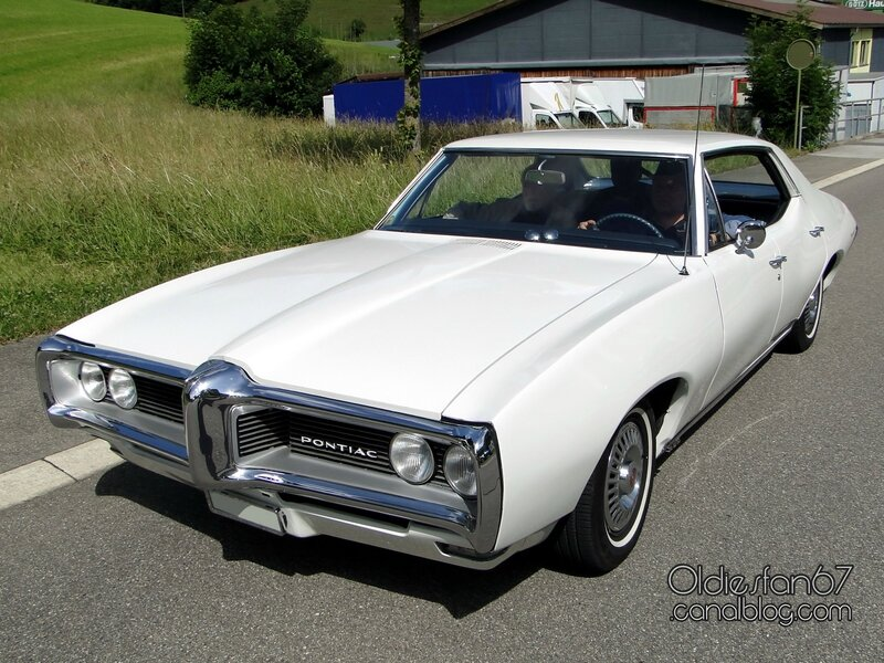pontiac-lemans-hardtop-sedan-1968-1