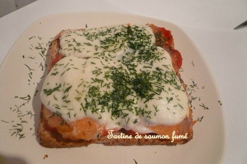 tartine saumon fumé - toutefemain