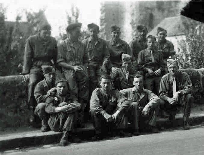 été 45 anciens du 2e peloton du 1er Esc du 12° RCA