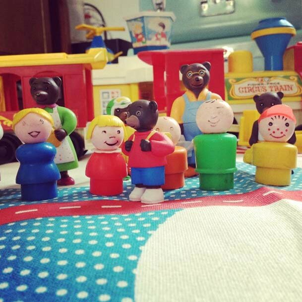 Personnages Petit ours brun - Little people - Fisher-price