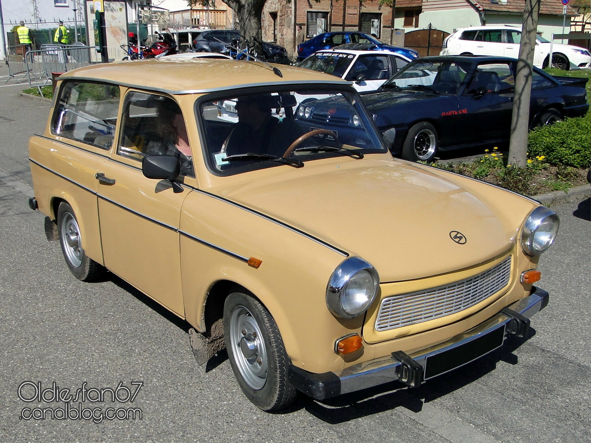 trabant 601 s universal 1979 1989 oldiesfan67 mon blog auto. Black Bedroom Furniture Sets. Home Design Ideas
