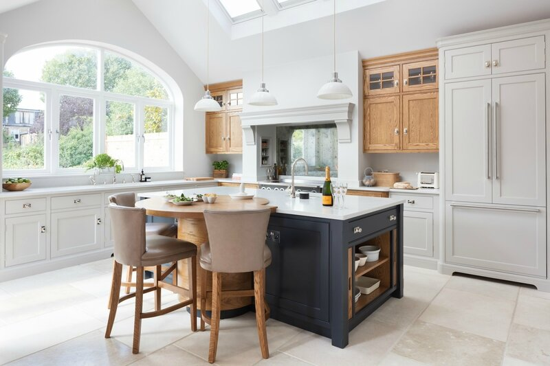Barnes-Village-Luxury-Bespoke-Kitchen-Humphrey-Munson-1