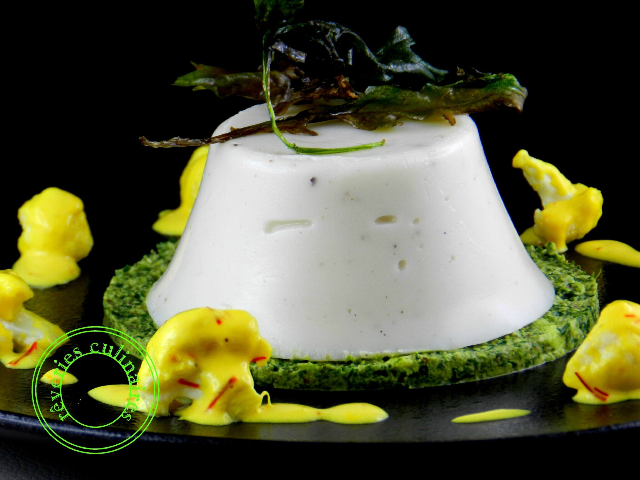 Panna cotta de chou-fleur , sauce safranée à ma façon