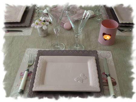table rose poudrée 008