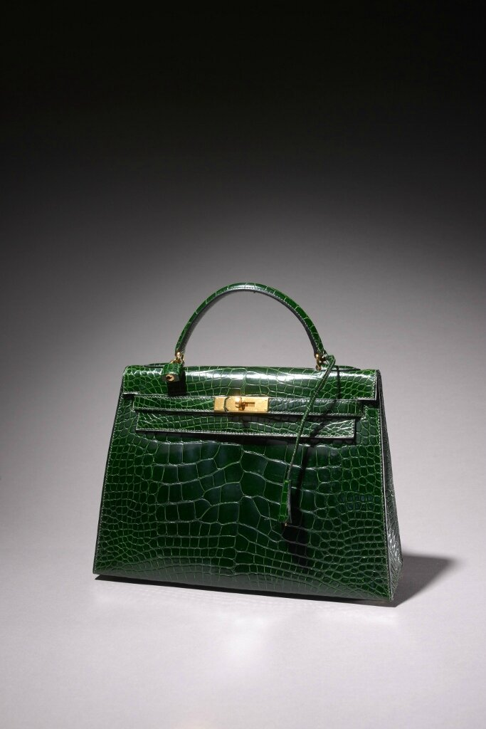 "Hermès Paris Made in France, Sac ""Kelly"" 33 cm en alligator vert émeraude, Année 1994"