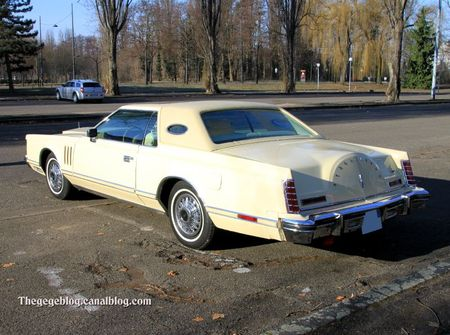 Lincoln continental mark V hardtop coupe de 1977 (Retrorencard fevrier 2012) 02