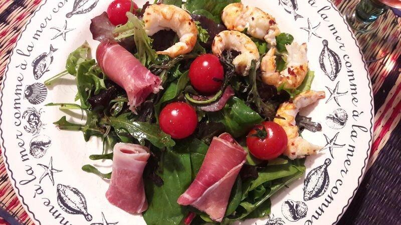 salade jeunes pousses, serano, langoustines (1)