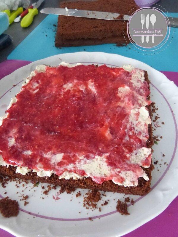 Gâteau surprise chocolat framboise (10)