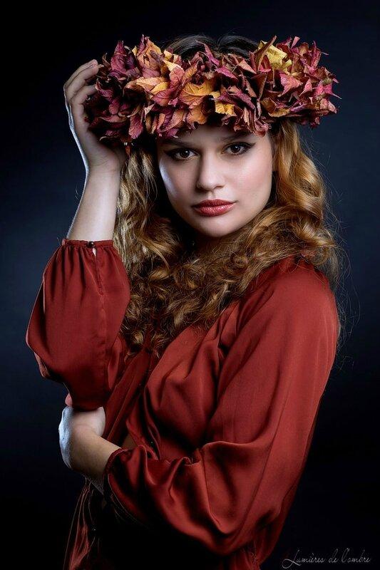 Lisa couronne rouge et jaune_20141117_4592wbl