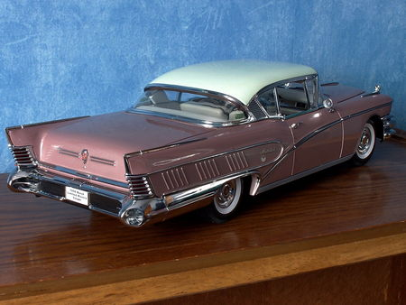 BUICK_Limited_RivieraHardtop_Coupe___1958__2_