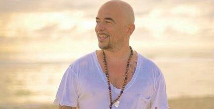 """Pascal Obispo : Les confidences de son nouvel album dans """"Au Féminin"""""""