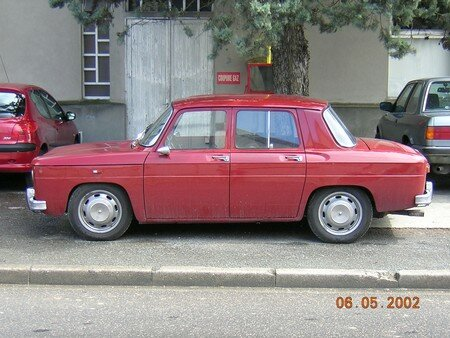 Renault8_3
