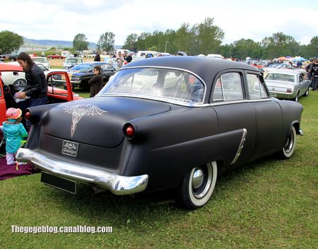 Ford customline custom de 1952 (Retro Meus Auto Madine 2012) 02