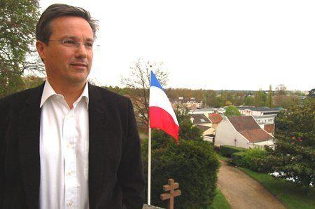 Nicolas_Dupont_Aignan