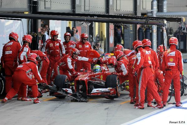 2013-Silverstone-F138-Massa