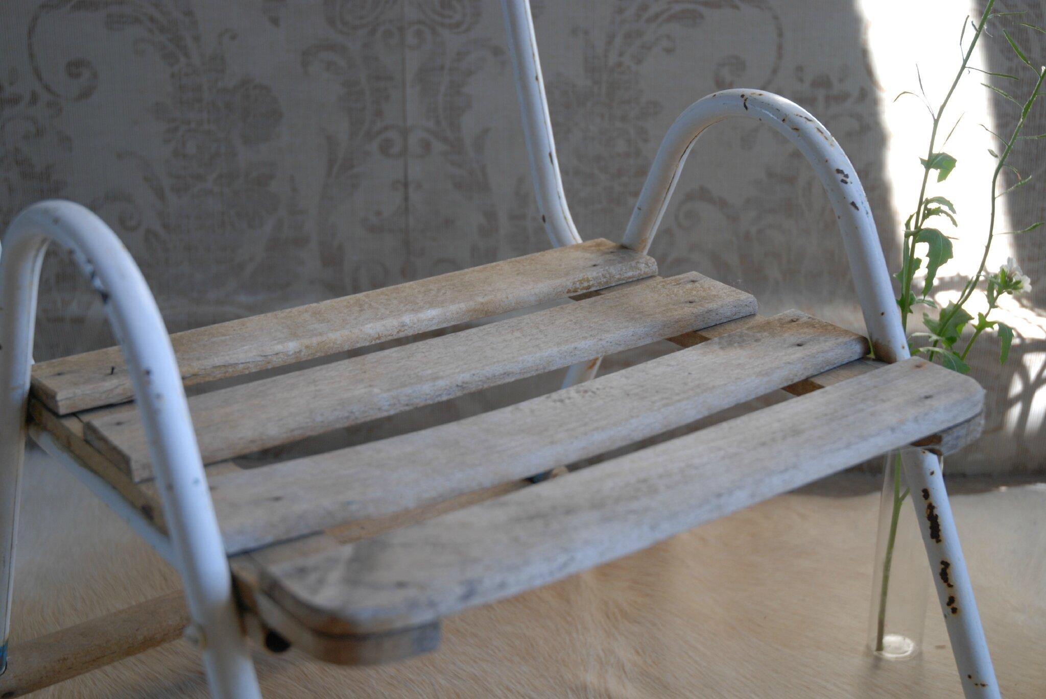 Ancien fauteuil enfant atelier vintage - Petit fauteuil ancien ...