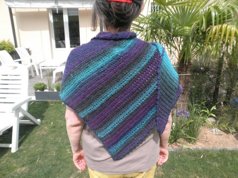shawlette assymétrique 005