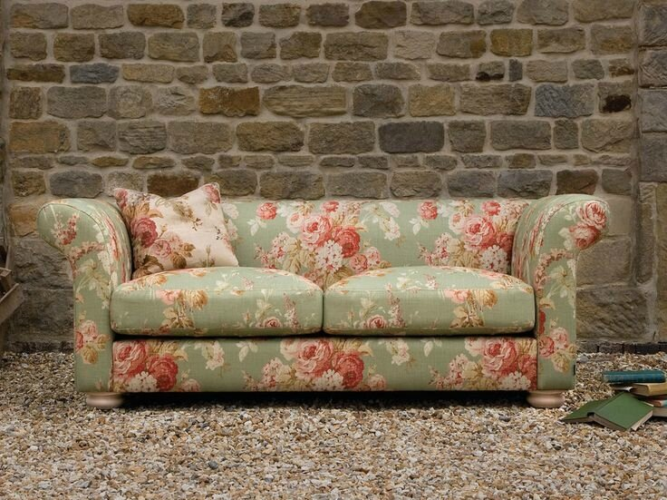 4b5db91f84b523584aee94b34c5c3ff4--fabric-decor-fabric-sofa
