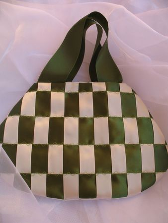 sacs-a-main-sac-a-main-green-1592580-lessecretsdalenreen-6c150_big