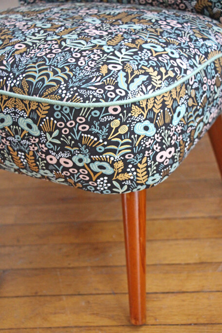 fauteuil-cocktail-vintage-tapestry-passepoil