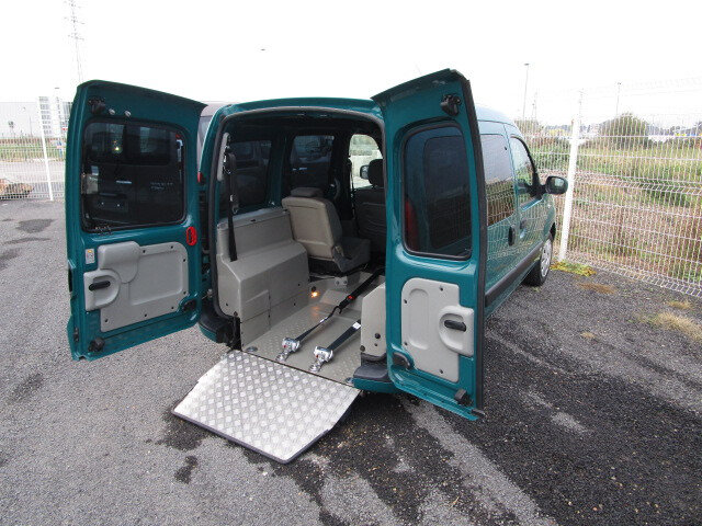 renault kangoo handicap tpmr somac notre m tier votre mobilit. Black Bedroom Furniture Sets. Home Design Ideas