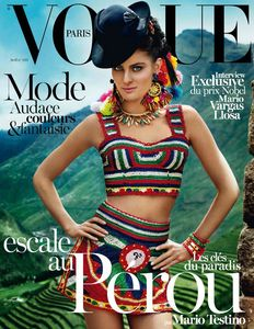 num__ro_avril_2013_vogue_paris_sp__cial_p__rou_mario_testino_isabeli_fontana_1398_north_545x