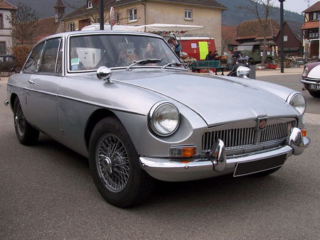 MGB GT Mark II Bourse Echanges Auto Moto de Chatenois 2009 1