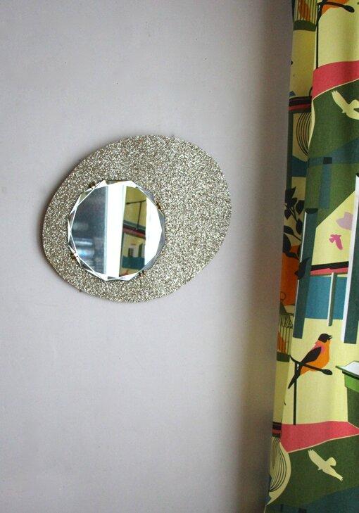 Miroir paillettes or retour de chine for Miroir paillette