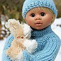 Gabin et la neige +tuto pull col roule + moufles et bonnet pour poupée wichtel