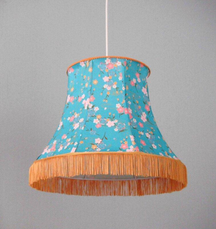 suspension en papier japonais forme pagode 35 miska cr ations. Black Bedroom Furniture Sets. Home Design Ideas