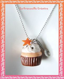 Collier Cup cake orange (1)