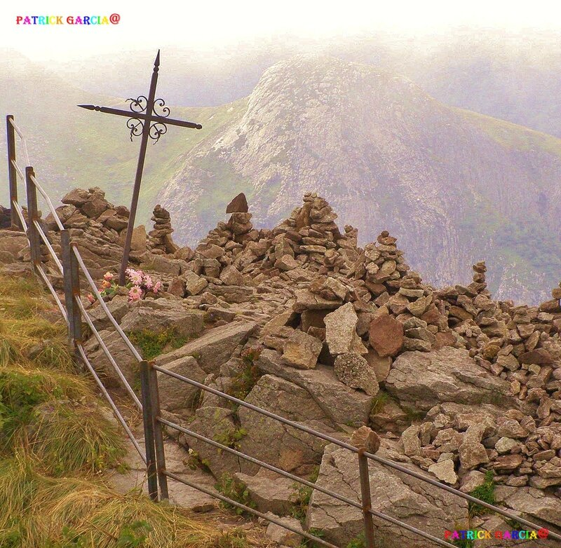 PUY MARY 15-94