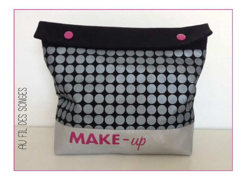 POCHETTE MAKE UP