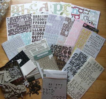 Lot alphabets autocollants rub on chipboard