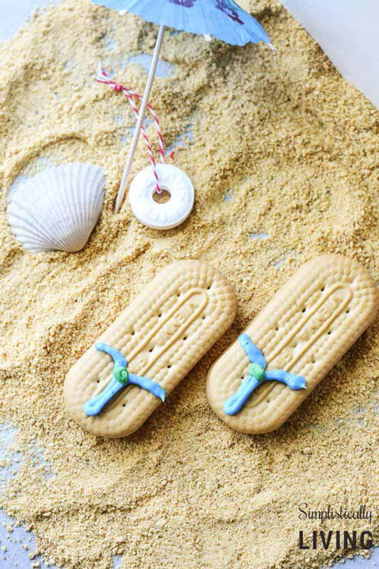 Amazing-DIY-Beach-Party-Ideas-Beachy-Flip-Flop-Cookies