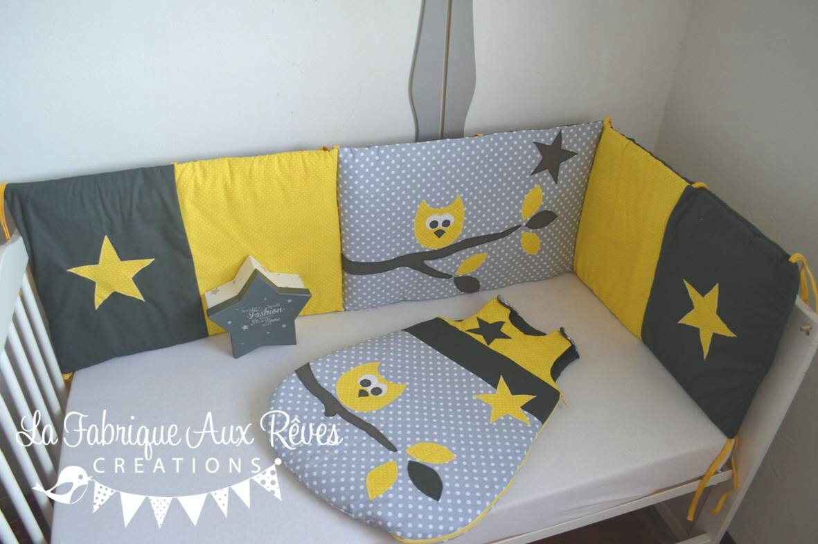 linge lit tour lit gigoteuse turbulette b b hibou toiles jaune gris blanc banches feuilles. Black Bedroom Furniture Sets. Home Design Ideas