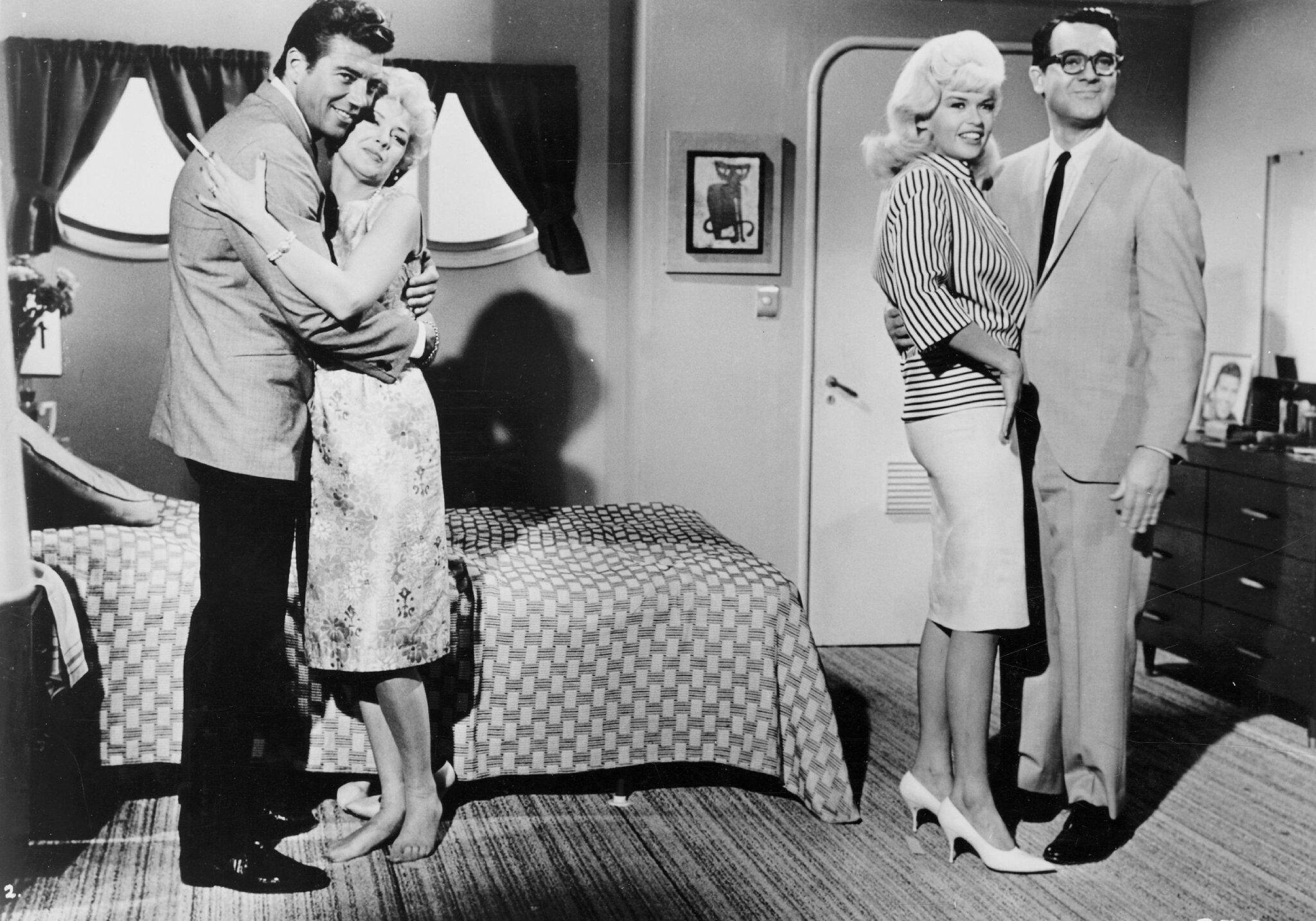 jayne-1963-film-promises_promises-film-2