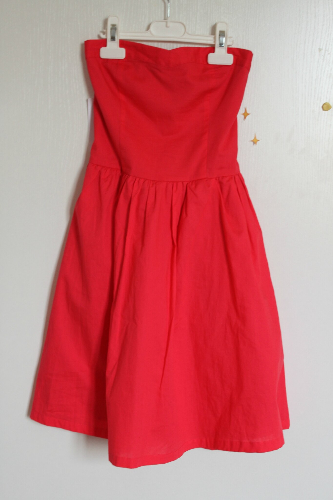 Robe bustier rouge cache cache